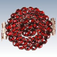 Beautiful Victorian Garnet bracelet
