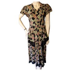 1940s Rayon Novelty Print Dress Birds Wishing Wells Bust 36