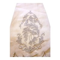 Vintage Madeira Embroidered FLORAL Linen Towel Guest From Jane Withers Movie Star Estate