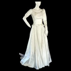 True vintage 1955 Wedding dress 1950's With Satin & Alencon Lace + Tiara