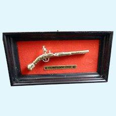 Vintage Mounted Flintlock RIFLE GUN 1:12 Dollhouse Miniature