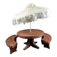 Vintage Outdoor Wooden TABLE BENCHES UMBRELLA 1:12 Dollhouse Miniature