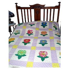 *PENNY MARSHALL Estate* Floral Feed-Sack Quilt With Decorative Stitching