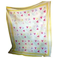 Lovely Vintage TULIP FLOWER QUILT Circa 1920-1930s Feed Sack Hand Stitched