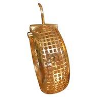 BEAUTIFUL 14 Karat Gold Wide Waffle Pattern Hoop Earrings 7.2 Grams