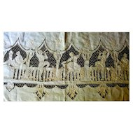 Vintage Hand Embroidered 10+ Ft FIGURAL BANQUET Tablecloth & 12 Napkins From Movie Star Estate