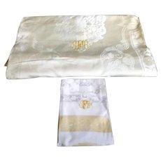Unused Vintage Gold White Damask BANQUET Monogram Tablecloth & 12 Napkins