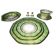HUGE 94 Piece 1920s-30s Gold & Green Hand Painted China Set Hutschenreuther Selb