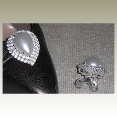 Pear Shaped Faux Pearl Shoe Clip by MUSI Surrounded by Crystal Rhinestones