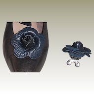 MUSI Shoe Clip - Navy Leather Flower