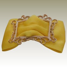 MUSI Yellow Faille Shoe Clip