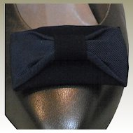 MUSI Navy Faille/Leather Shoe Clip
