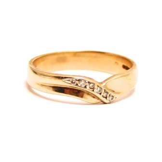 Vintage Broad Band Wishbone 9 K Gold and 6 Diamond Ring