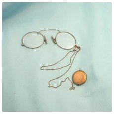 1910 Ladies Pince Nez or Nasal Knaffers Spectacles Eye Glasses Chain and Button Winder S817