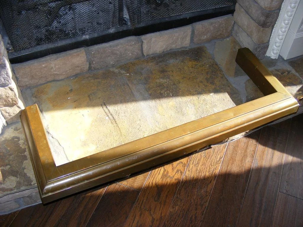 Antique Brass Fireplace Fender : E3 Antiques | Ruby Lane