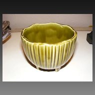 McCoy Pottery MCP 612 Green Footed Round Scalloped Planter