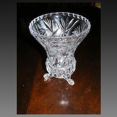Crystal 3 footed vase
