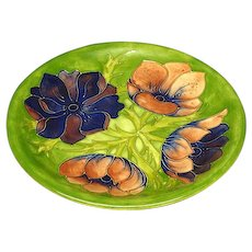Moorcroft made in England 10 1/2 inch anemone plate
