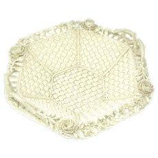 Bellek Fermanagh basket 4 strand waved with two handles