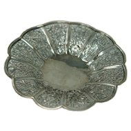 Chinese Export Silver Bowl by Wing Fat Late 19th century