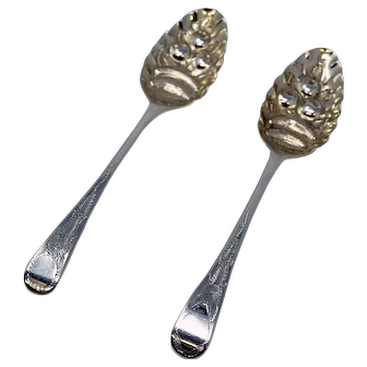 London 1807 Pair of Berry Spoons