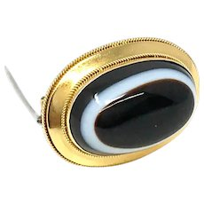 14k Gold Victorian Mourning Agate Brooch