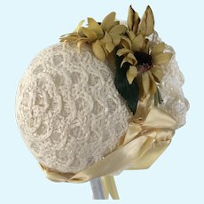 Vintage Straw Doll Bonnet with Daisies