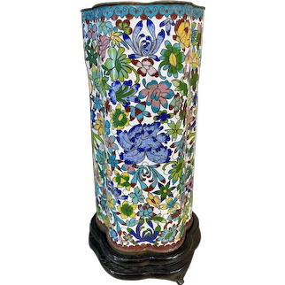 19th Century Chinese Cloisonné Hat Stand