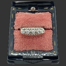 18k Gold Art Deco Diamond Band Ring