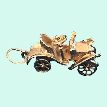 14K Gold Car Buggy Charm