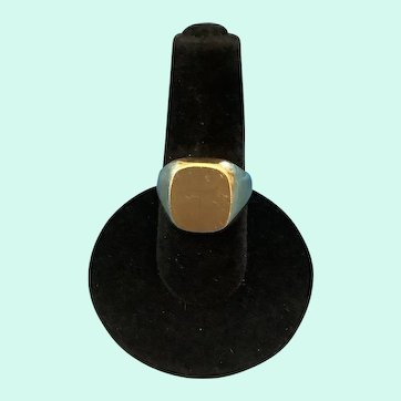 Handsome Heavy 14K Yellow Gold Signet Ring 8.5