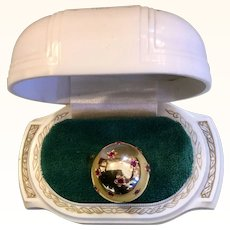 1940's 18k Yellow Gold Sphere Ring Ruby Stars