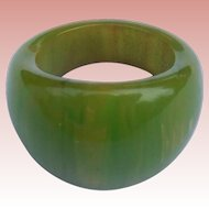 Green Swirl Bakelite Ring