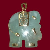14k Jade Elephant Pendant