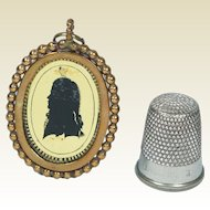 Antique Miniature Georgian Portrait Silhouette Verre Eglomise Locket Pendant Circa 1790