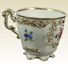 19th Century Porcelain Cup English, Copeland And Garrett Victorian Circa 1840