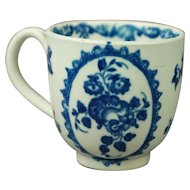 Antique Cup Worcester Porcelain Blue and White Fruit And Wreath Pattern Circa 1775