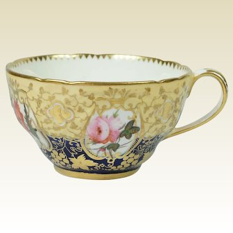 Antique Georgian Coalport Porcelain Cup Porcelain Flowers Circa 1820