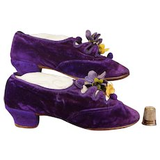 Fabulously Rare Victorian Girls Shoes PURPLE Velvet Circa 1885 GORGEOUS