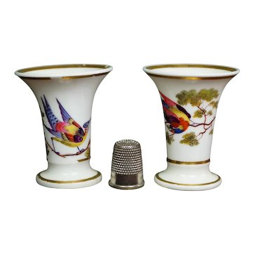 19th Century PAIR Miniature Chamberlain Worcester Porcelain Vases, Birds Regency Era Circa 1810