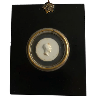 RAREST John Henning Portrait Paste Medallion, Profile Of John Henning Snr, Gifted to Lord Frederick Campbell 1810 AF