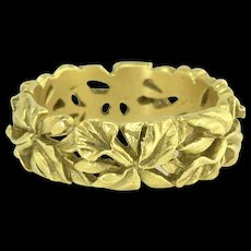 Vintage Floral Eternity Stacking Band Ring in 18k Gold