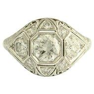 Beautiful Art Deco Diamond and Platinum Ring