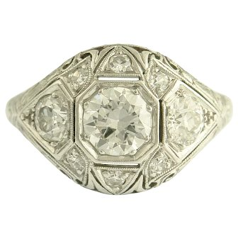 Beautiful Art Deco Diamond and Platinum Ring