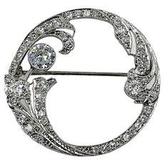 Exquisite Art Deco Diamond Circle Pin in Platinum
