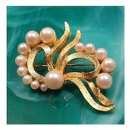 Vintage DFA Dubarry Fifth Ave Faux Pearl Ribbon Pendant Brooch