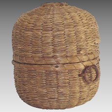 Vintage Penobscot Indian Sweet Grass String Holder Yarn Ball Holder Basket
