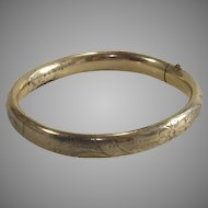 Vintage Young Girls Bangle Bracelet 12Kt Gold Fill Perfect Size for a Larger Doll