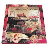 Vintage Coffee Table Book: A Roomful of Flowers Decorators Guide to Using Flower Arrangements Paul Bott
