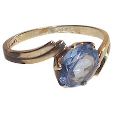 Sky Blue Topaz Ring 10 Kt Yellow Gold
